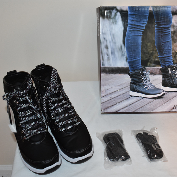438fde7617fd03 NIB Weatherproof Alexa Ladies  Sneaker Boot SIZE 8